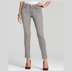 J brand skinny leg wink light grey jean pants 31